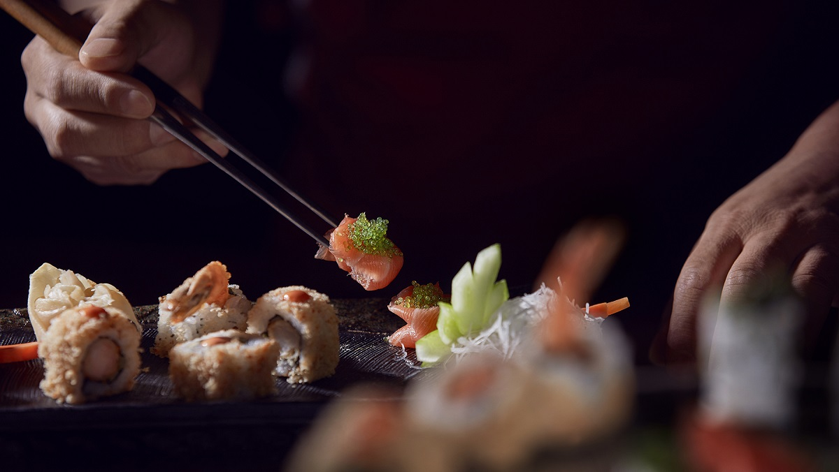 Celebrate Valentine's Day at The Meydan Hotel - Shiba Restaurant - Chinese and Japanese Cuisine