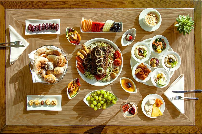 Farriers Friday Family Roast Buffet - The Meydan Hotel