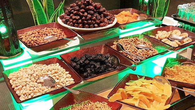 iftar buffet at mercure dubai