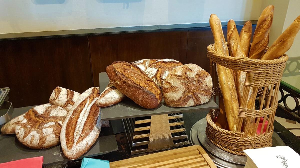 Ajman Hotel - Friday Garden Brunch - Bread & Cheese (01)