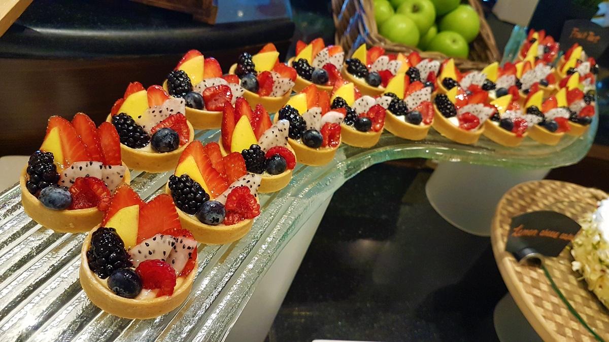 Ajman Hotel - Friday Garden Brunch - Desserts (01)