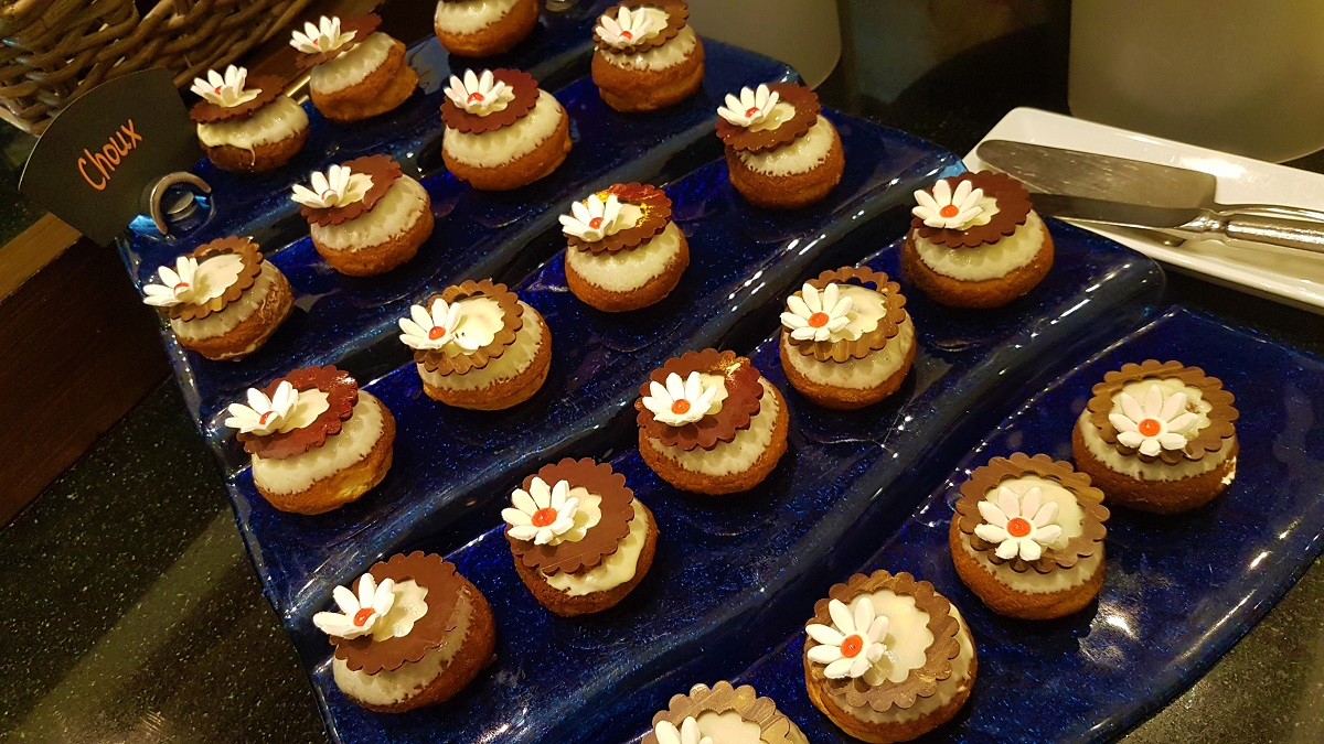 Ajman Hotel - Friday Garden Brunch - Desserts (07)