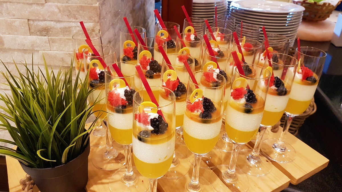 Ajman Hotel - Friday Garden Brunch - Desserts (16)