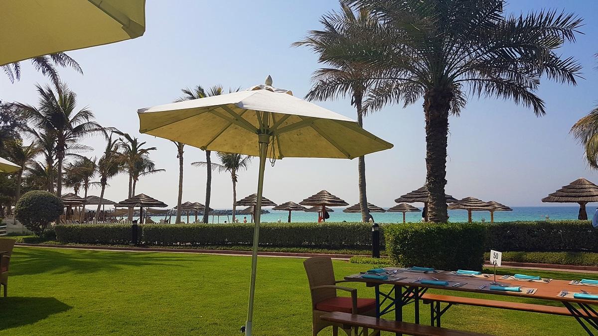 Ajman Hotel - Friday Beach & Garden Brunch (02)