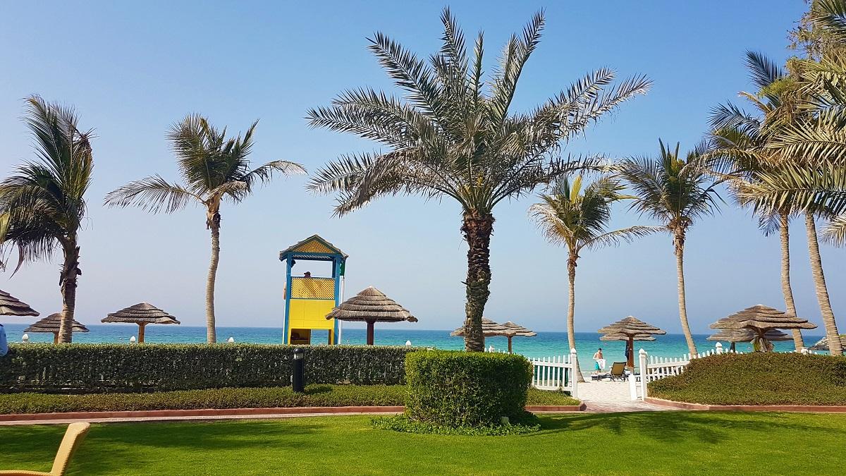 Ajman Hotel - Friday Beach & Garden Brunch (04)