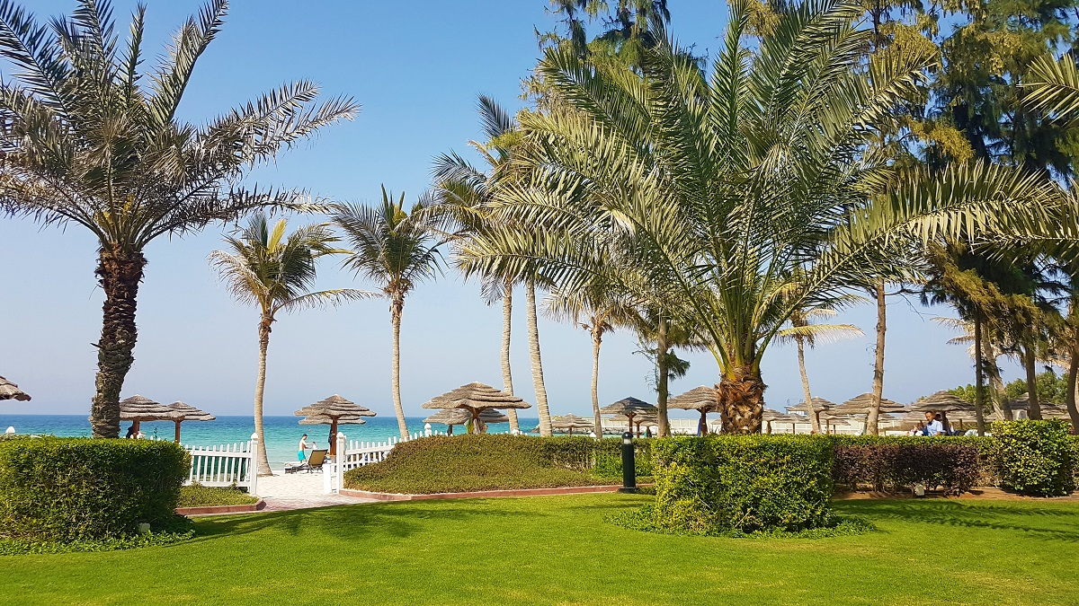 Ajman Hotel - Friday Beach & Garden Brunch (07)