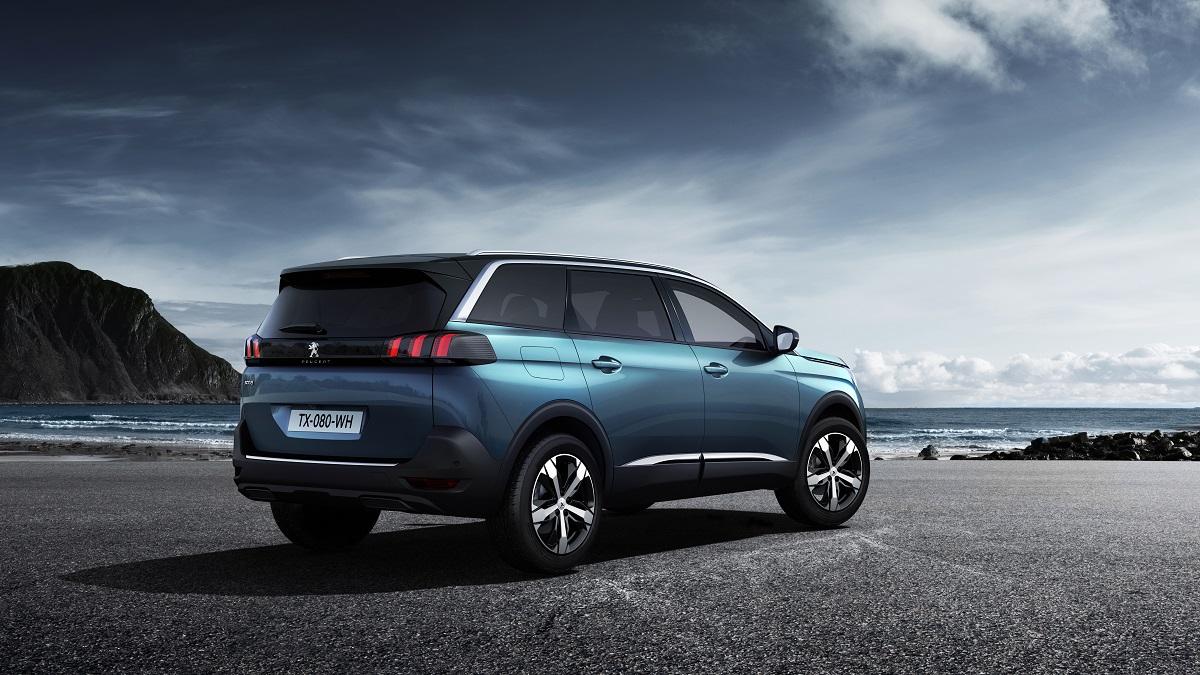 Peugeot 5008 SUV (02)