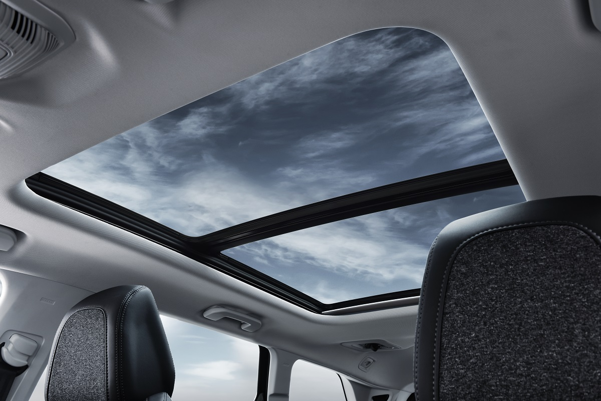 Peugeot 5008 SUV - Interior (07)